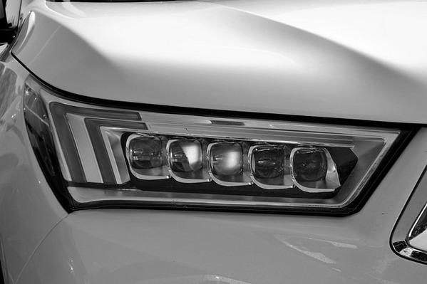 Ремонт и диагностика световых приборов автомобиля